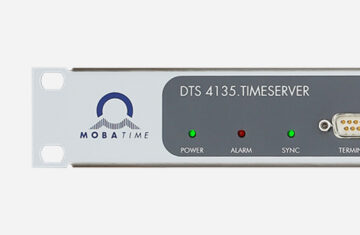 Mobatime DTS 4135.timeserver time server NTP front view DCF IRIG synchronization