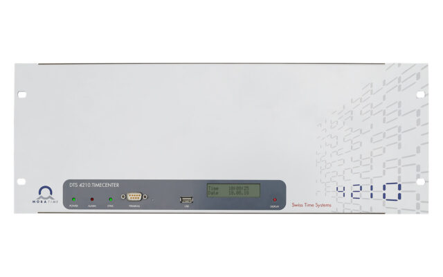Mobatime dts4210-1 Front view NTP PTP 16 network ports (IPv4/IPv6) time server DCF E1 SyncE pulse frequency phase synchronization